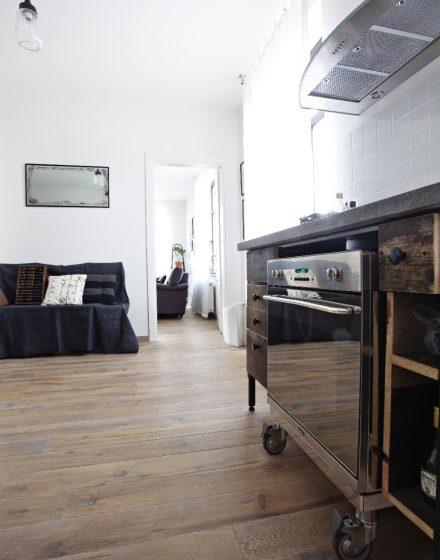 Medinės grindys iš ąžuolo: rūšingumas Rustikas, spalva Skaidriai balta 3409.