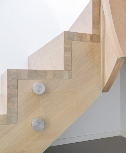 Mediniai ąžuolianiai Laiptai U forma Medžio stilius