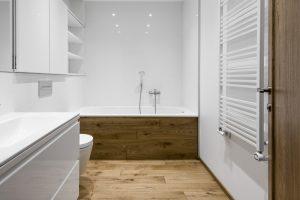 Ąžuolinės grindys, spalva 3081 Riešutas šviesus