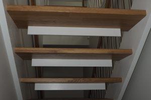 Ąžuoliniai masyvo laiptai (Proffbygg AS, Norvegija)
