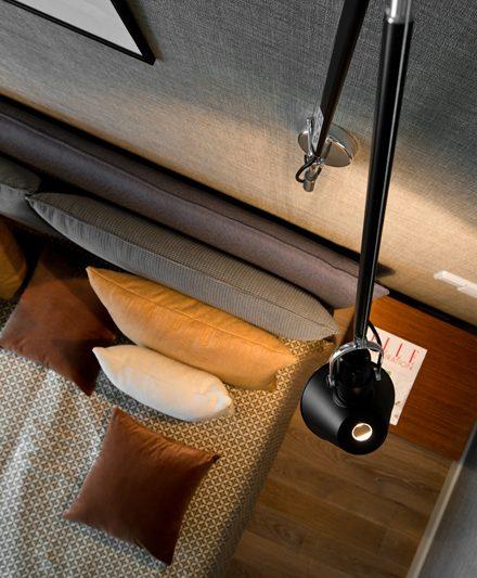 Medinės grindys medinė deko siena ąžuolinės Q-3409 skaidriai balta Medžio stilius