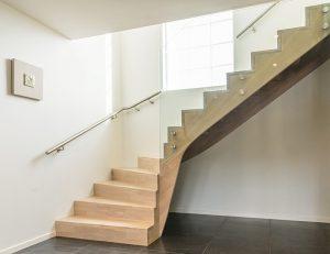 Mediniai laiptai azuolas