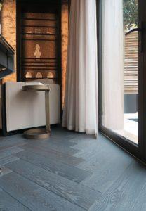 Q-3479 antique Medzio stilius Medines grindys