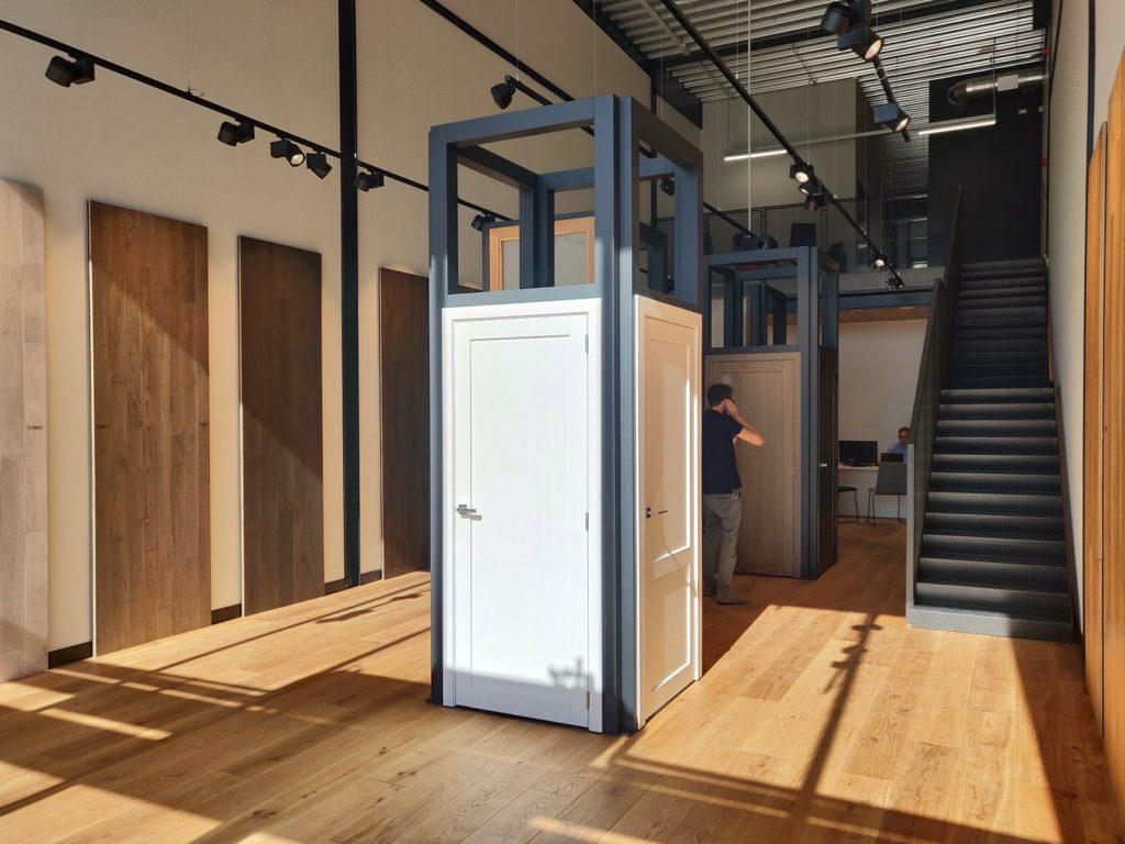 medines grindys durys laiptai Medzio stilius